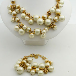 ❤️Stella&Dot Gold-Tone White Faux Pearl Set